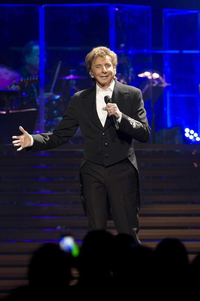 Barry Manilow smoothly reprises his hits at New Orleans' Smoothie King Center _lowres