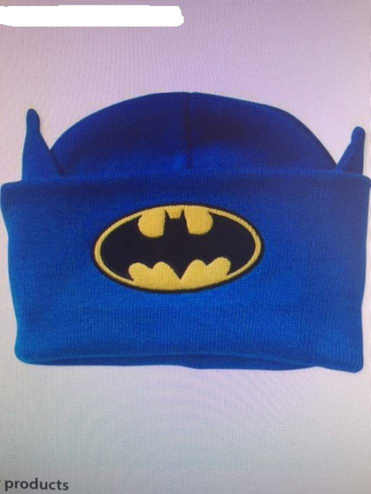 Man wearing blue Batman beanie robs casino employee at gunpoint in Rayne _lowres