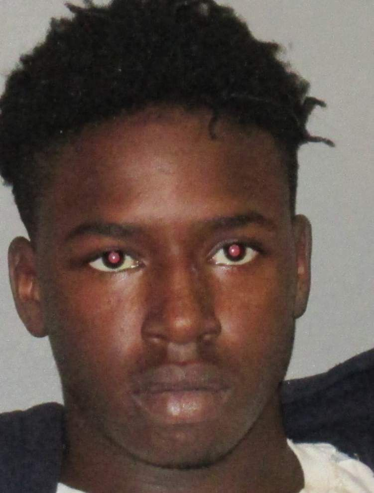 Baton Rouge Police: Teenager arrested after loaded shotgun he was playing with discharges, kills friend _lowres