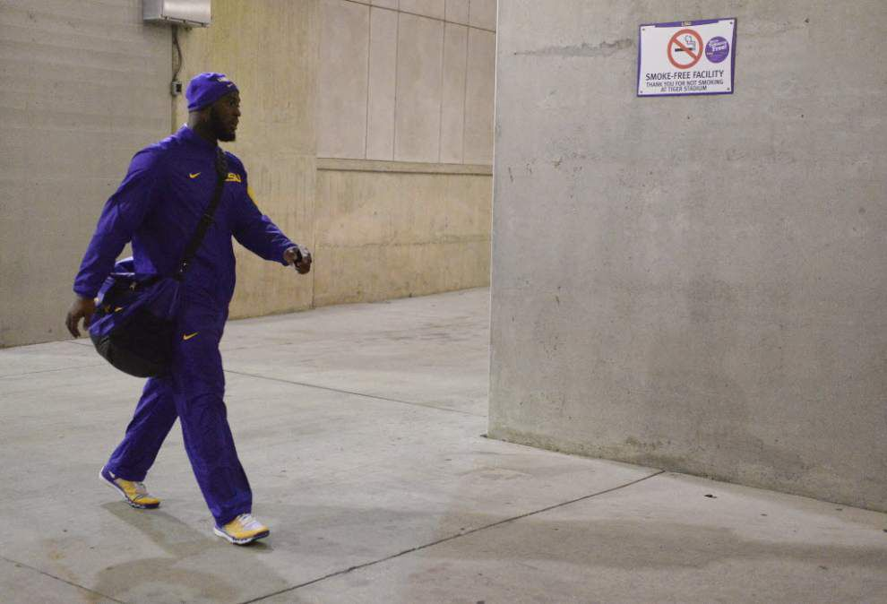 Website: LSU running back Leonard Fournette is biggest Heisman Trophy favorite this early in at least seven years _lowres