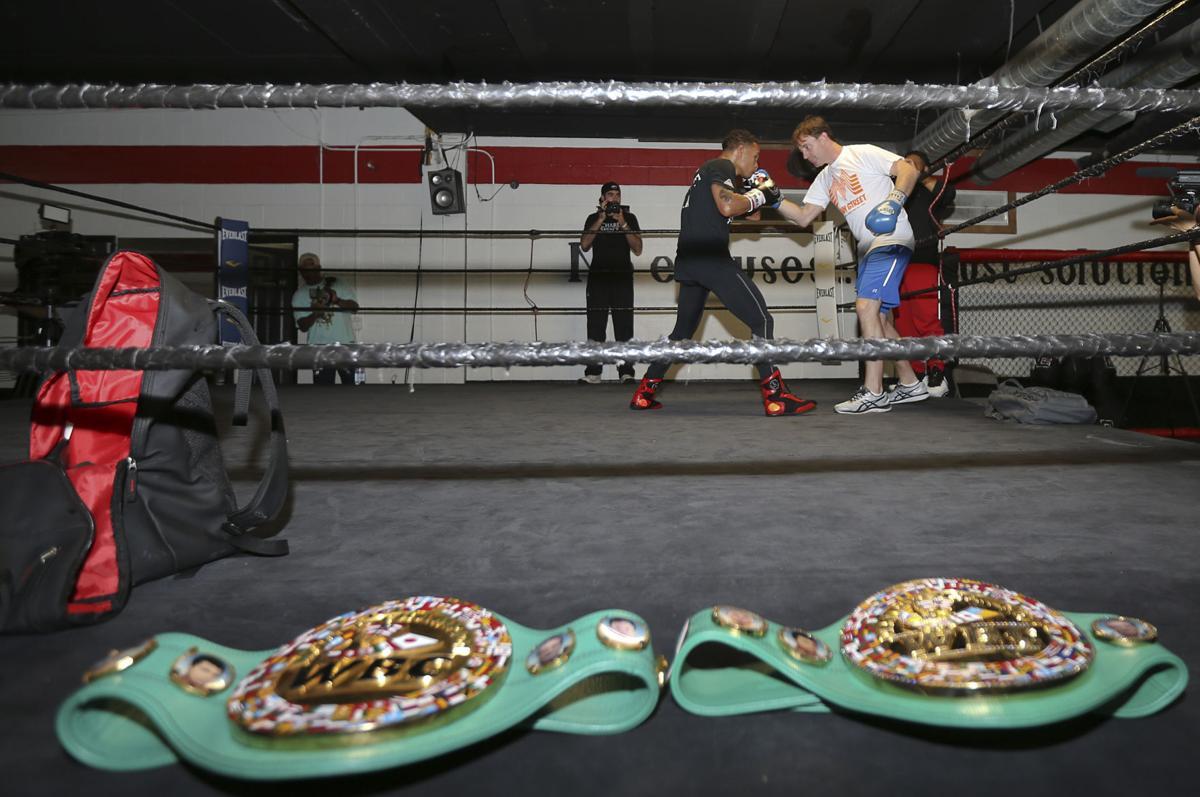boxing Regis008.JPG