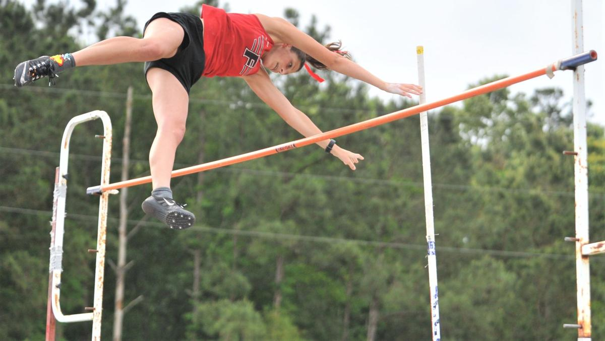 Alexis Gratia (Fontainebleau High Girls Track and Field)