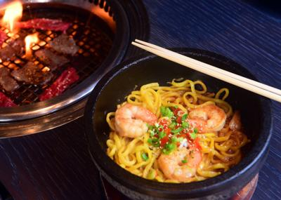 Gyu_Kaku_Prim_Kalbi_Short_Rib_and_Shrimp_Garlic_Noodles_CR_.JPG