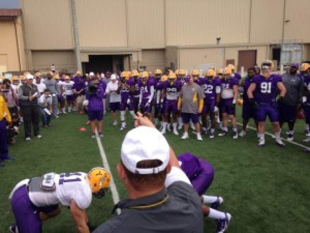 LSU football team practices in full pads on Tuesday _lowres
