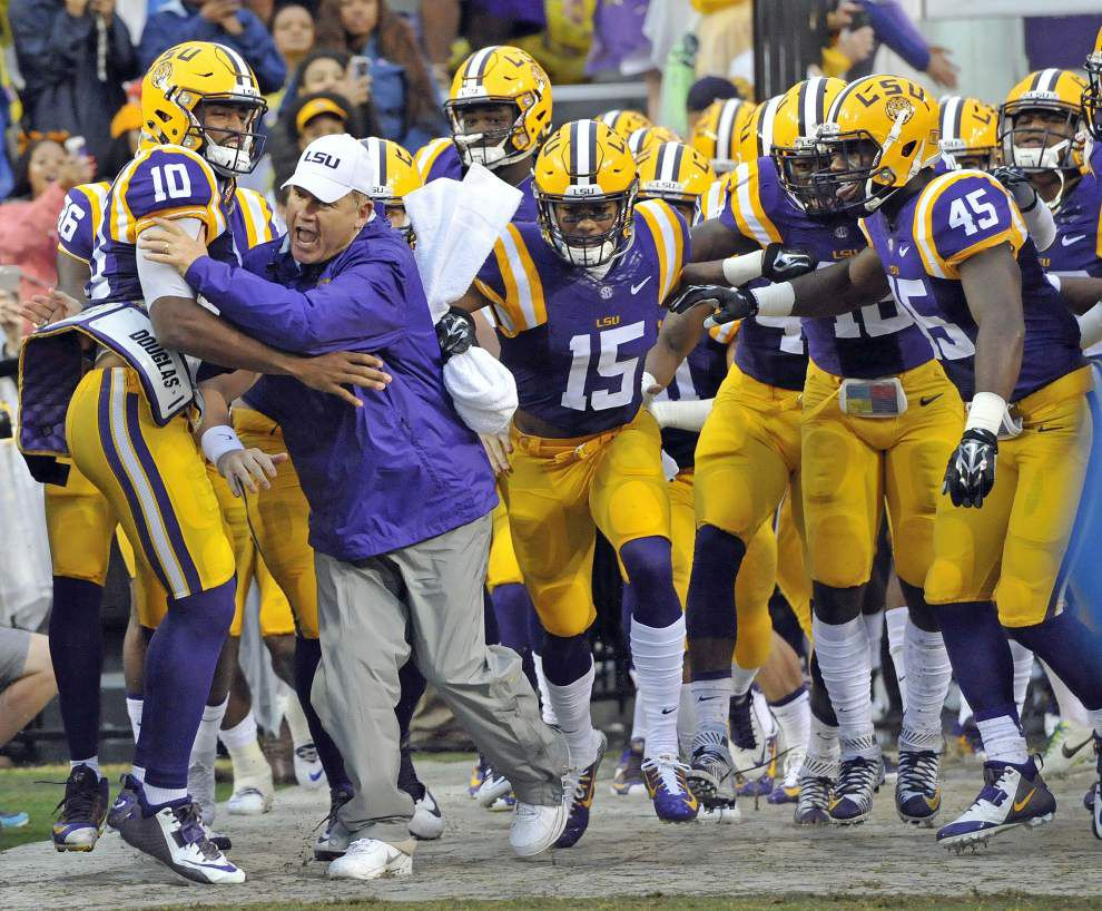 Les Miles says Alabama game is 'why you come to LSU,' players should relish it _lowres