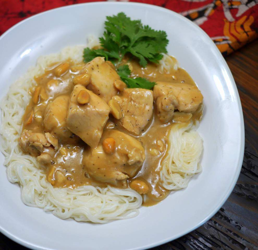 Chicken With Peanut Sauce _lowres