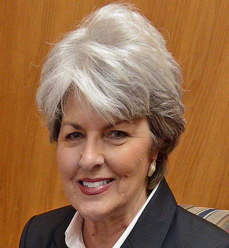 After 43-year career, Elaine Lamb bids farewell to East Baton Rouge Parish Registrar's Office _lowres