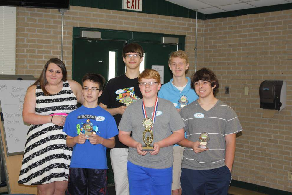 Walker High hosts inaugural middle school math challenge _lowres