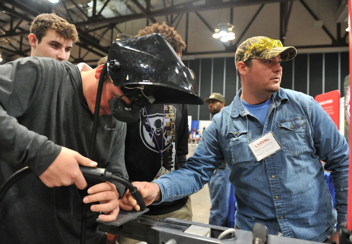 Students get a taste of real life at 20th Career Connections | News