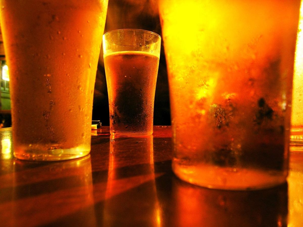 Without surveillance requirement, new ordinance for bars and restaurants aims to 'simplify' permits, licenses_lowres