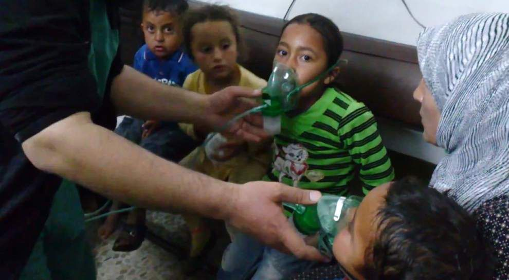Syrian activists accuse Assad of new gas attacks _lowres