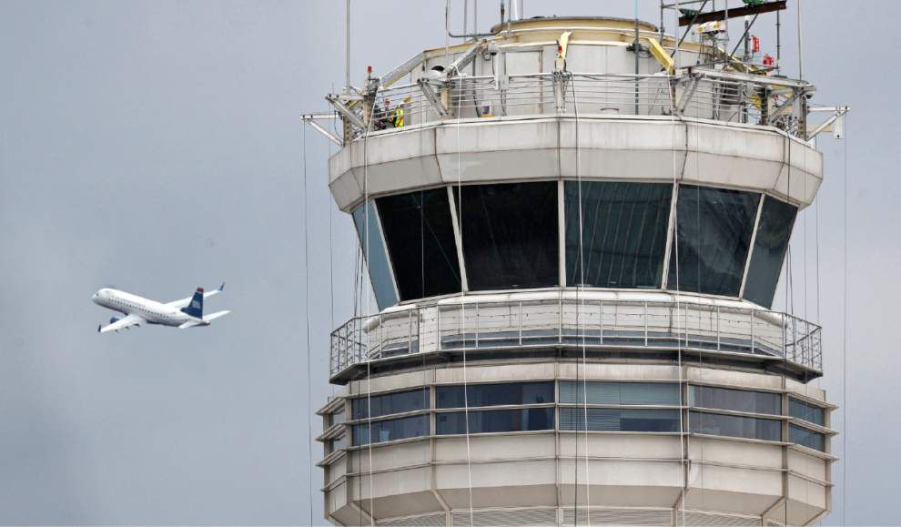 FAA controllers working exhausting schedules _lowres