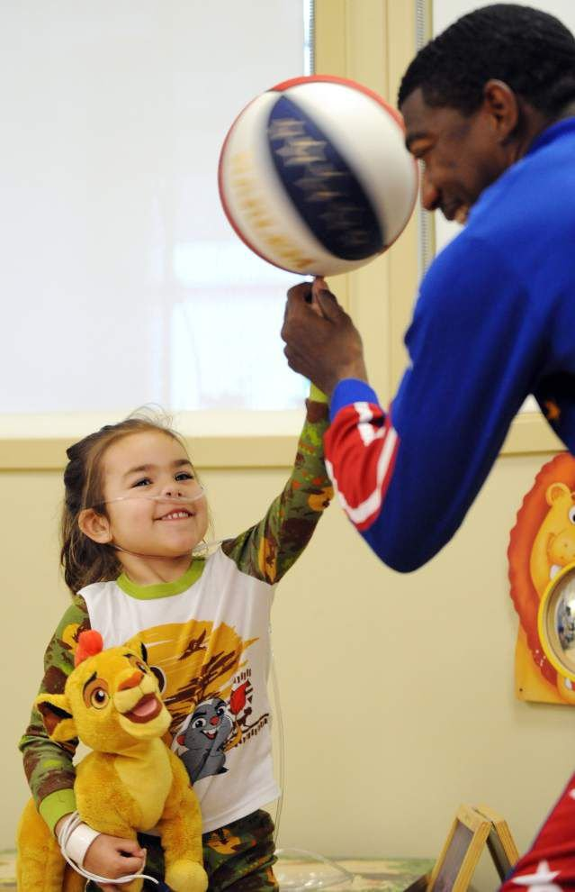 Photos: Globetrotter visits LGMC _lowres