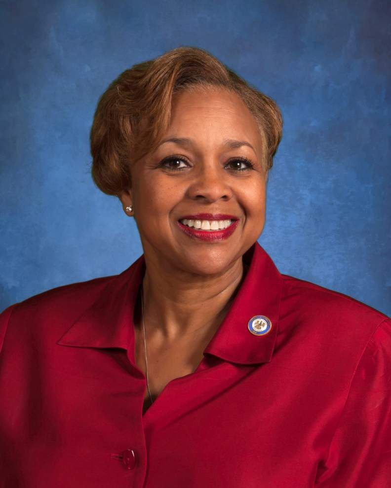 Friend of Doug Welborn, Sen. Yvonne Dorsey-Colomb asks attorney general if she can legally work for clerk of court _lowres