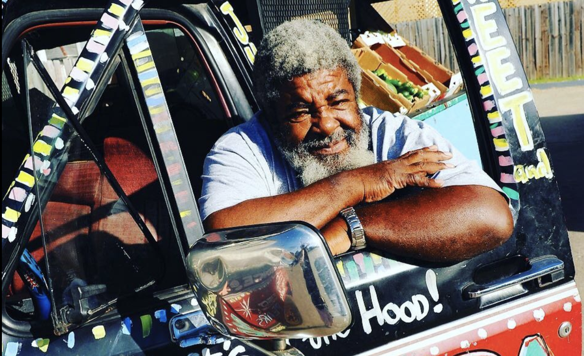 'Mr. Okra,' New Orleans iconic produce vendor, dies at 75_lowres