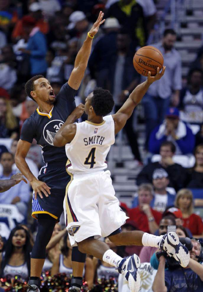 Stephen Curry's 53-point outing spoils Pelicans' home opener, a 134-120 loss to Golden State _lowres