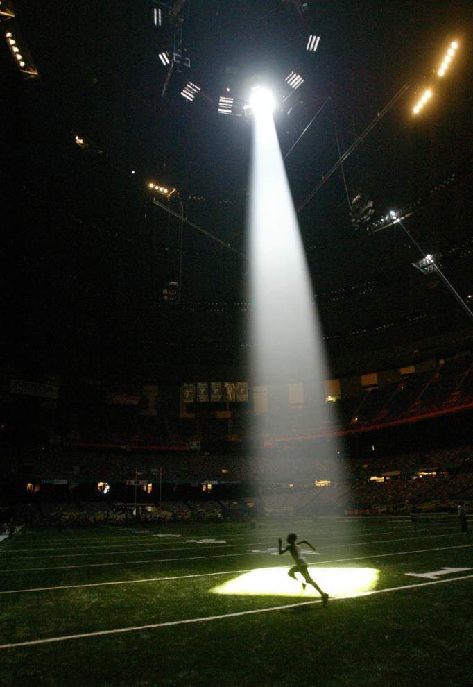 Mercedes-Benz Superdome asks fans to submit photos of their favorite memories for its 40th anniversary _lowres