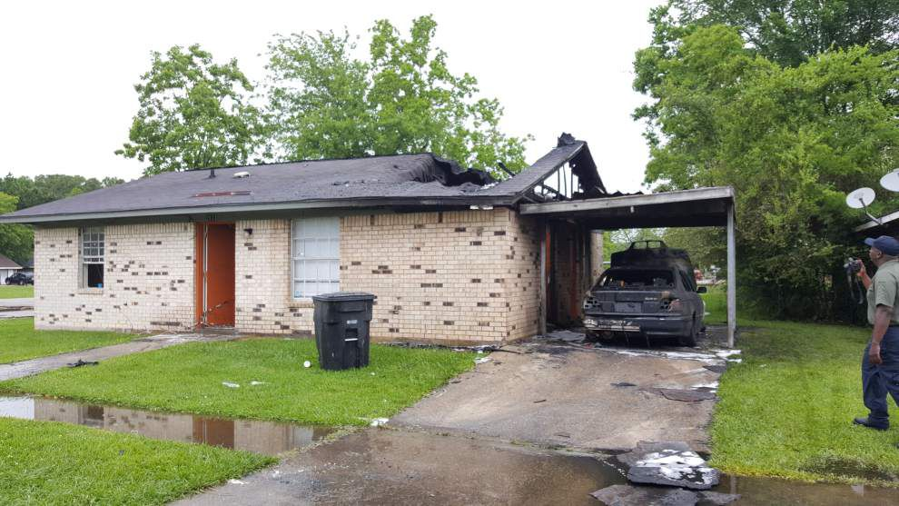 Appleton Avenue fire early Tuesday morning destroys house, arson suspected, BRFD spokesman says _lowres