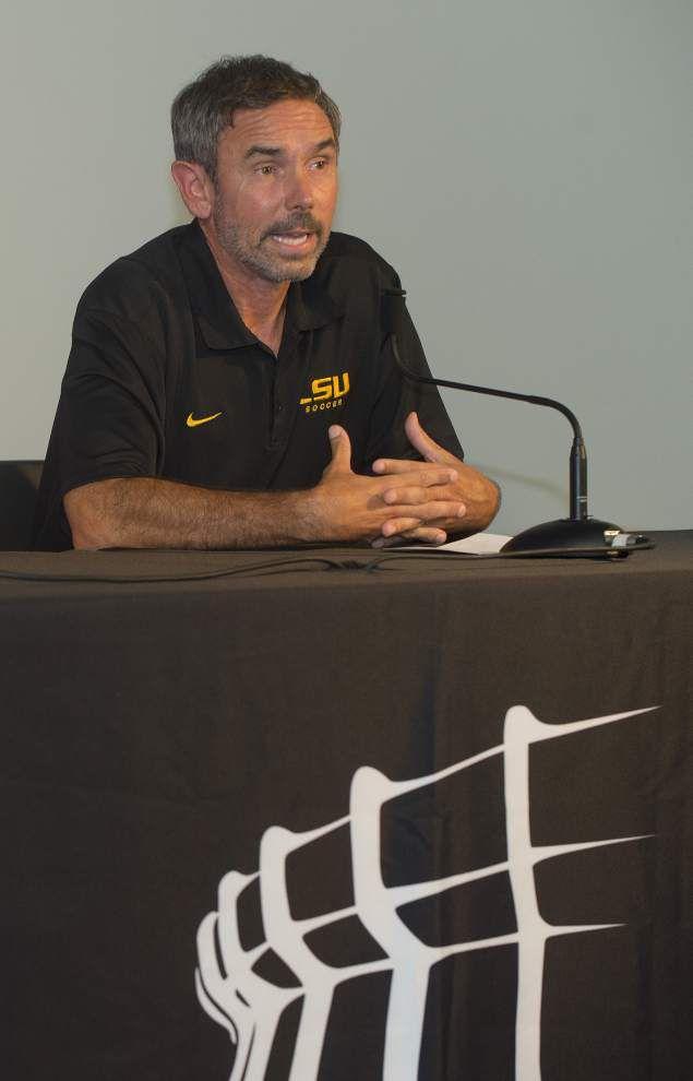 Season-ending 6-game skid motivator for LSU soccer _lowres