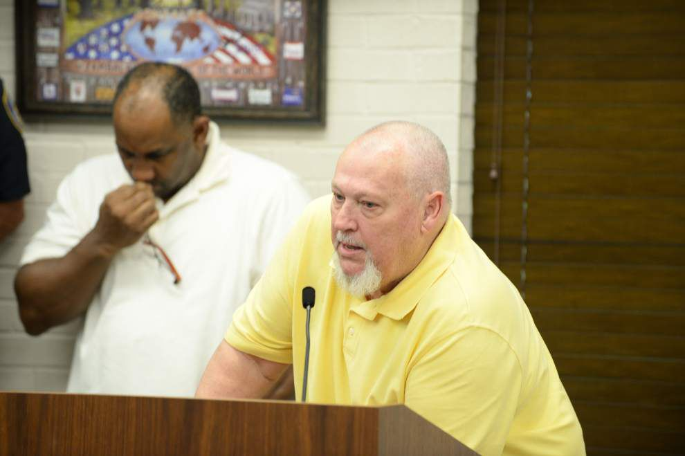 Gonzales mayor faces third veto decision after split council passes amended budgets _lowres