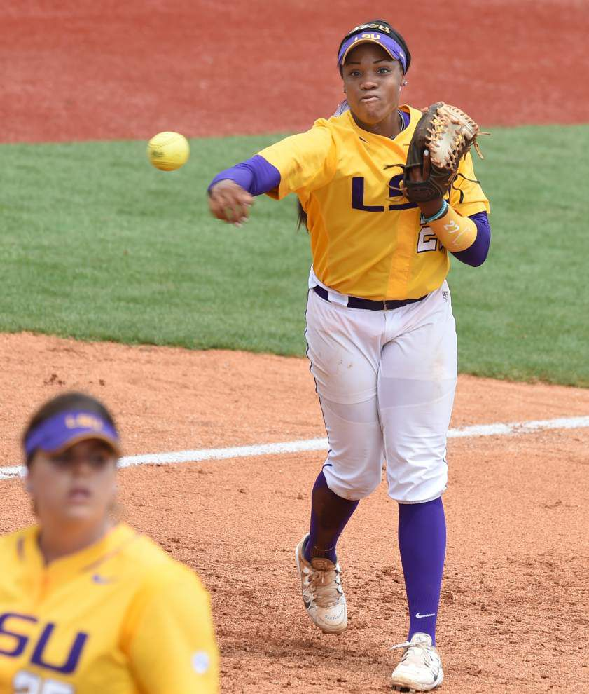 Sometimes Louisiana-Lafayette softball player DJ Sanders moves the opposition toward complacency with weak early at-bats, and then 'bam!' she delivers a key late hit _lowres