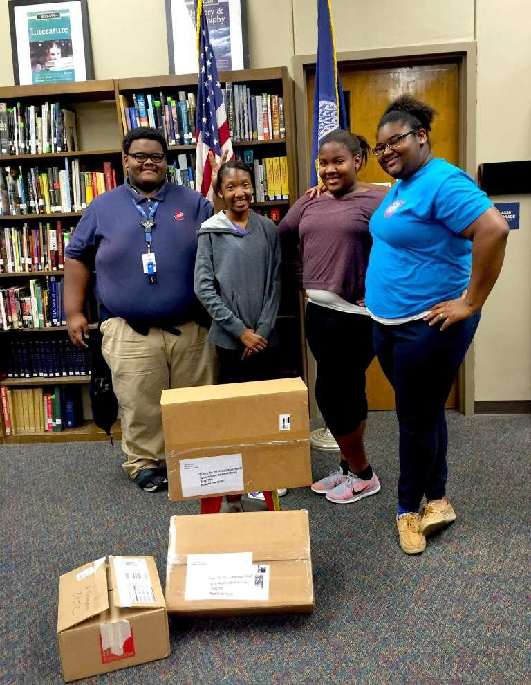 Book drive gives to Books for Africa _lowres