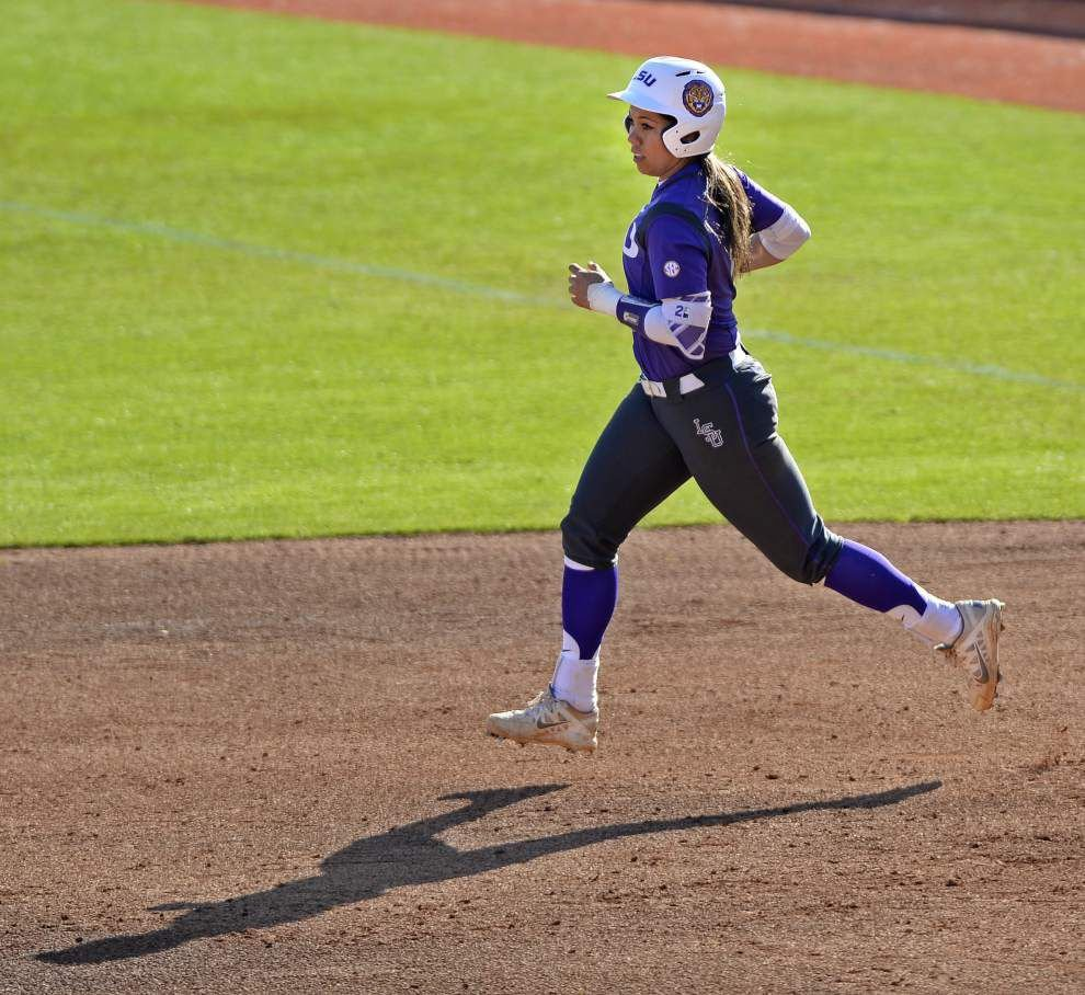 LSU rallies to sweep pair of games after Beth Torina's ejection against Texas Tech _lowres
