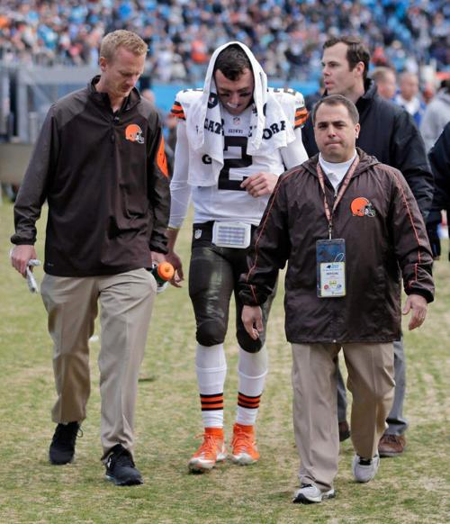 NFL: Lions' Dominic Raiola suspended one game for stomping on Bears' Ego Ferguson _lowres
