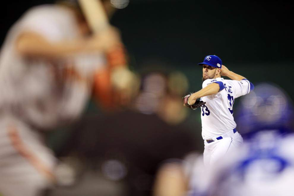 Tight crew of Royals routed in Game 1 _lowres