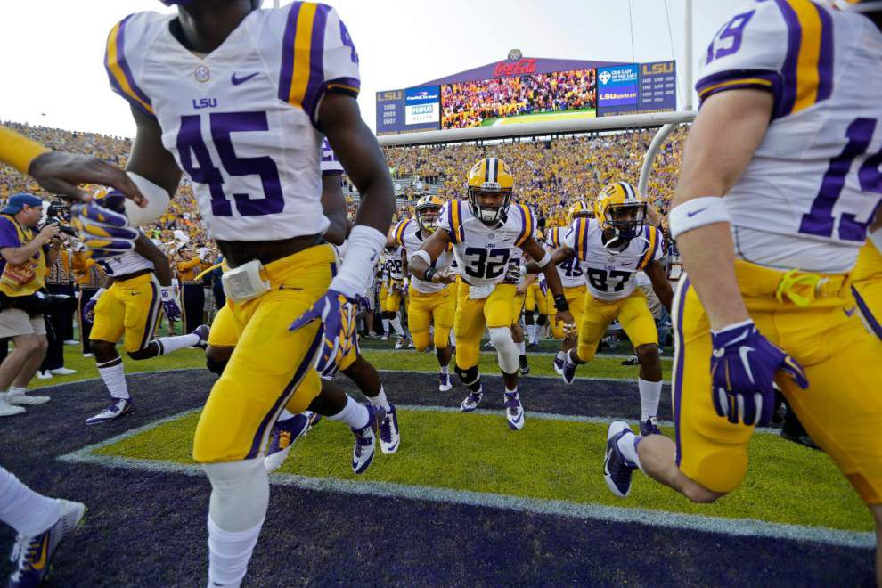 LSU football chat with Advocate sportswriter Ross Dellenger, Thursday at 11 a.m. _lowres