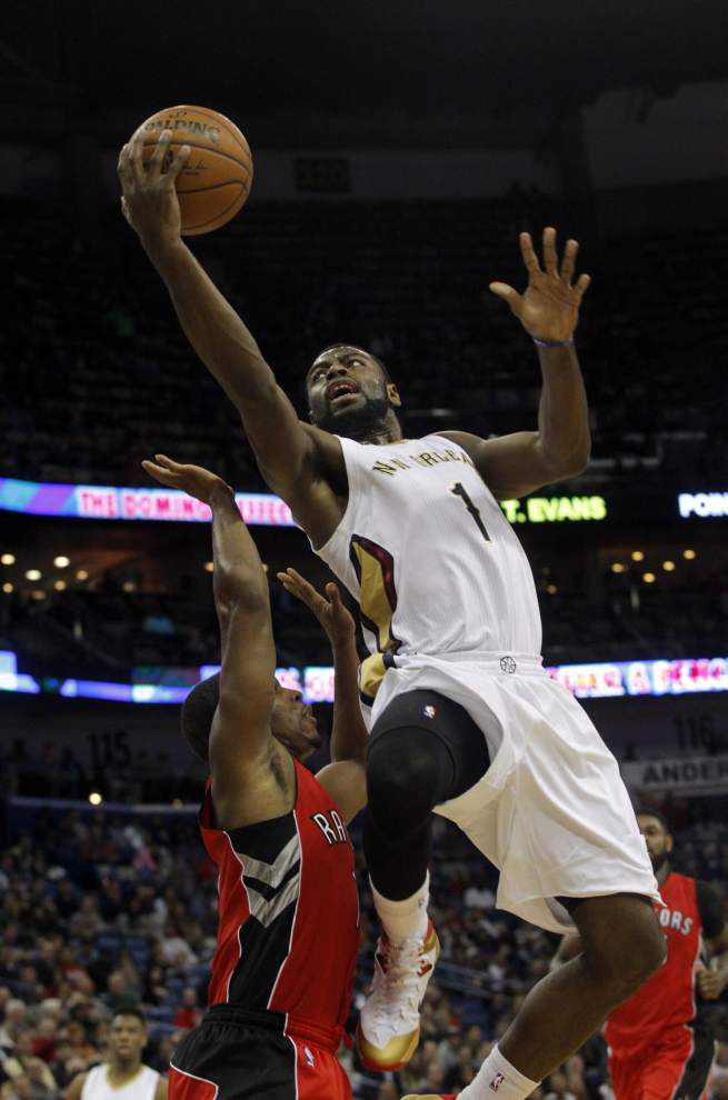 Pelicans pull off stunner against Toronto _lowres