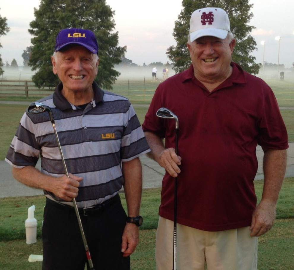 2 golfers beat huge odds, hit holes-in-one during same round _lowres