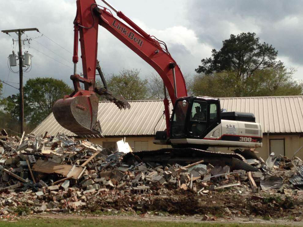 Building razed on Gonzales city land _lowres