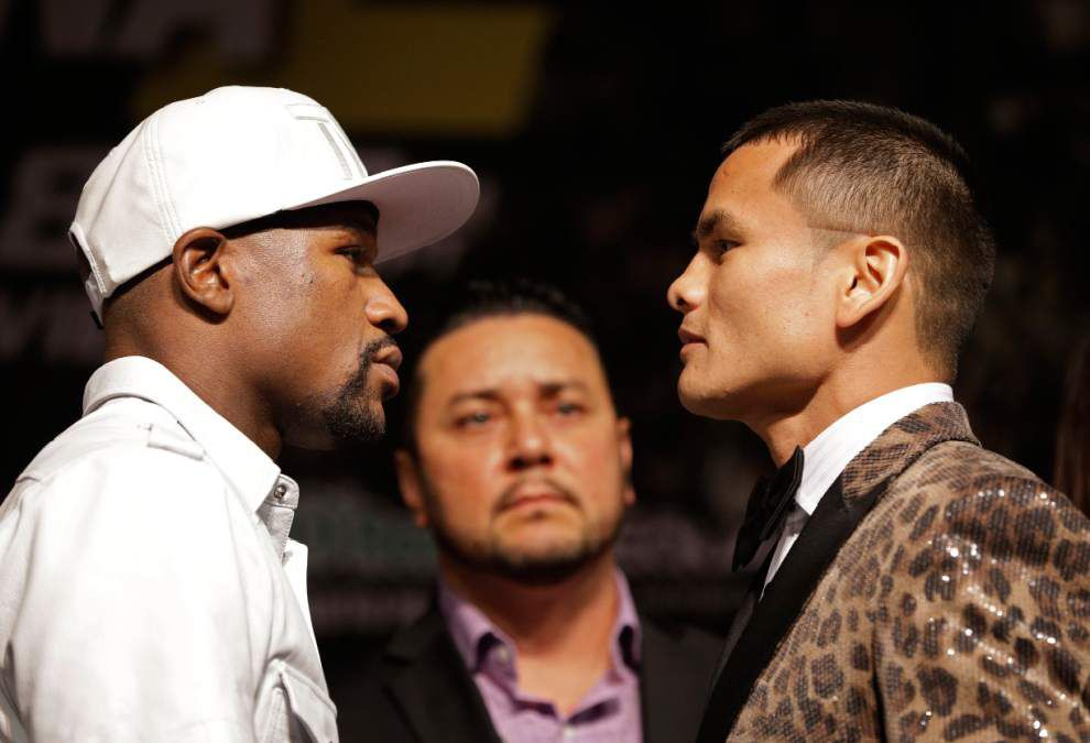 Floyd Mayweather hoping a bad week gets better _lowres
