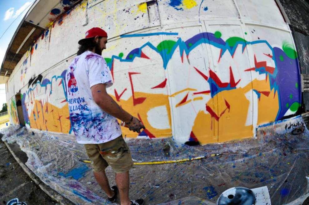 Senior part of Midcity's mural _lowres