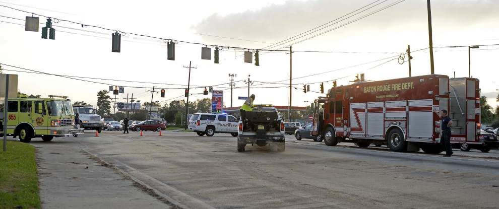 Video: After truck spills diesel, two lanes on Perkins at Siegen re-open _lowres