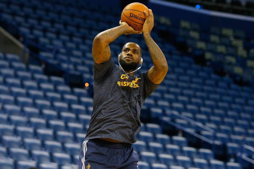 It's on: LeBron James to suit up for Cavaliers on Friday night against the Pelicans _lowres