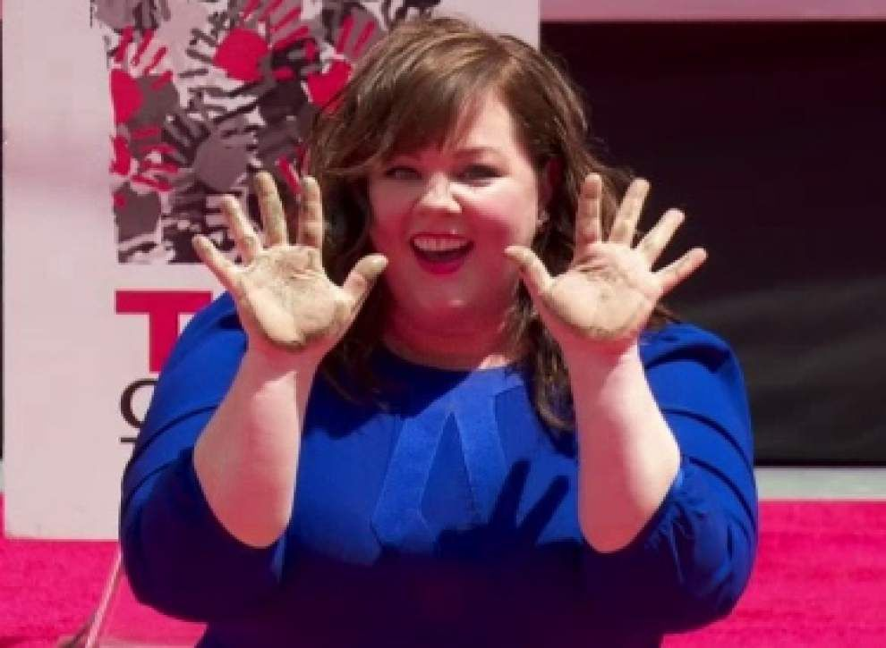Melissa McCarthy immortalized in cement _lowres