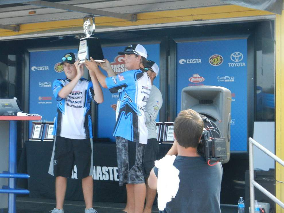 Livingston Bassmasters team wins fishing tourney _lowres