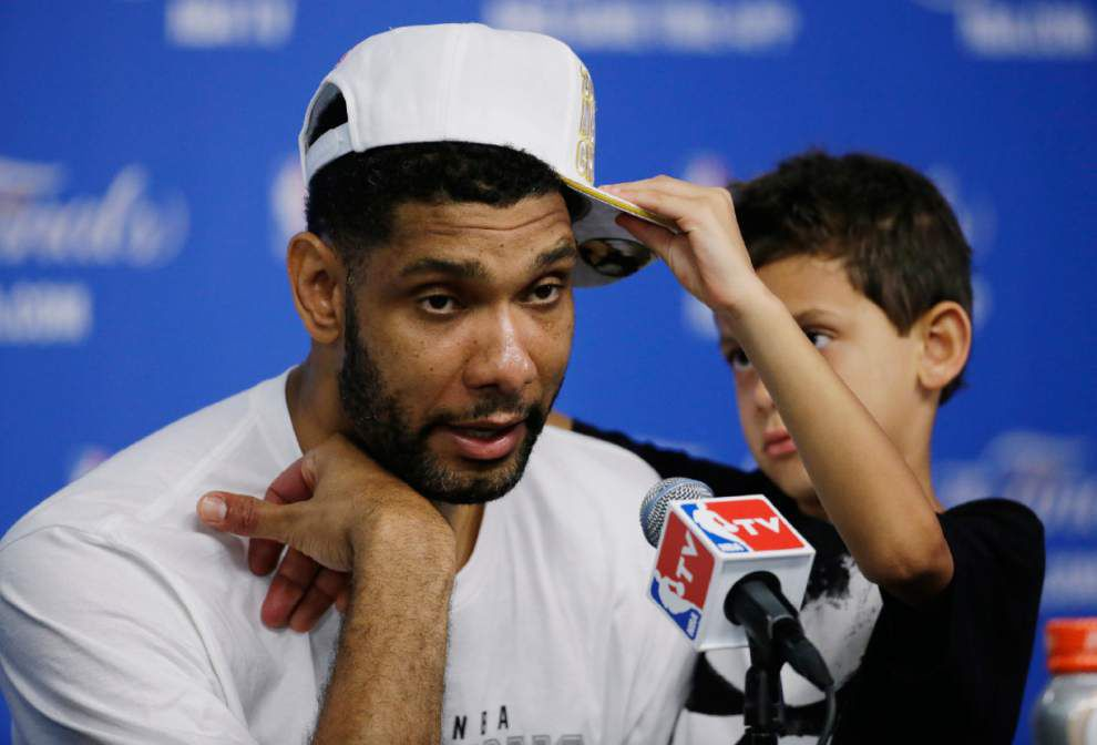 Spurs could stick around, even if Tim Duncan doesn't _lowres