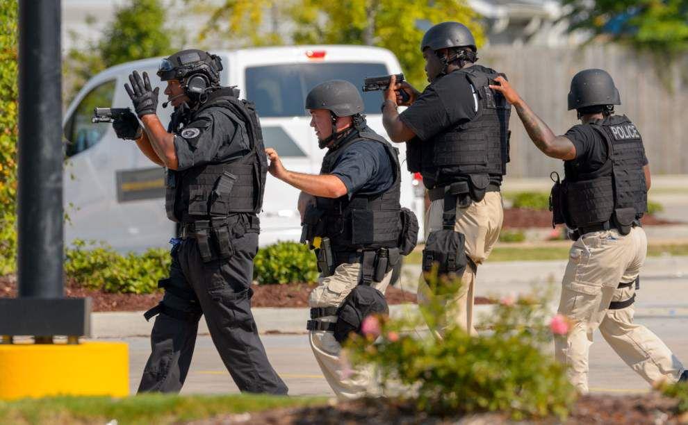 NOPD SWAT team can't find gunman in Gentilly Walmart _lowres
