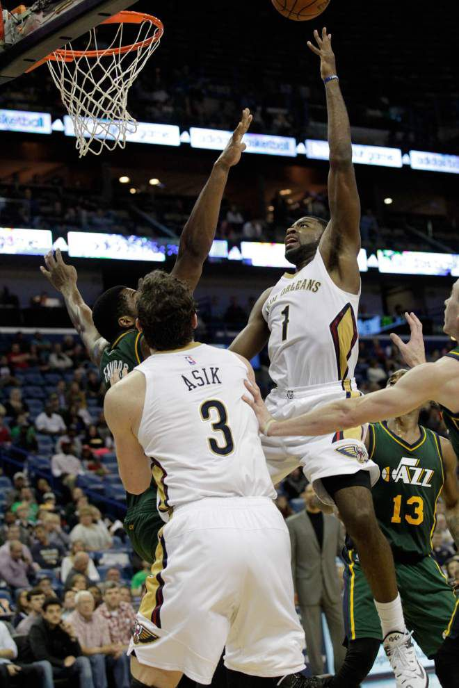 Utah turns back Pelicans _lowres