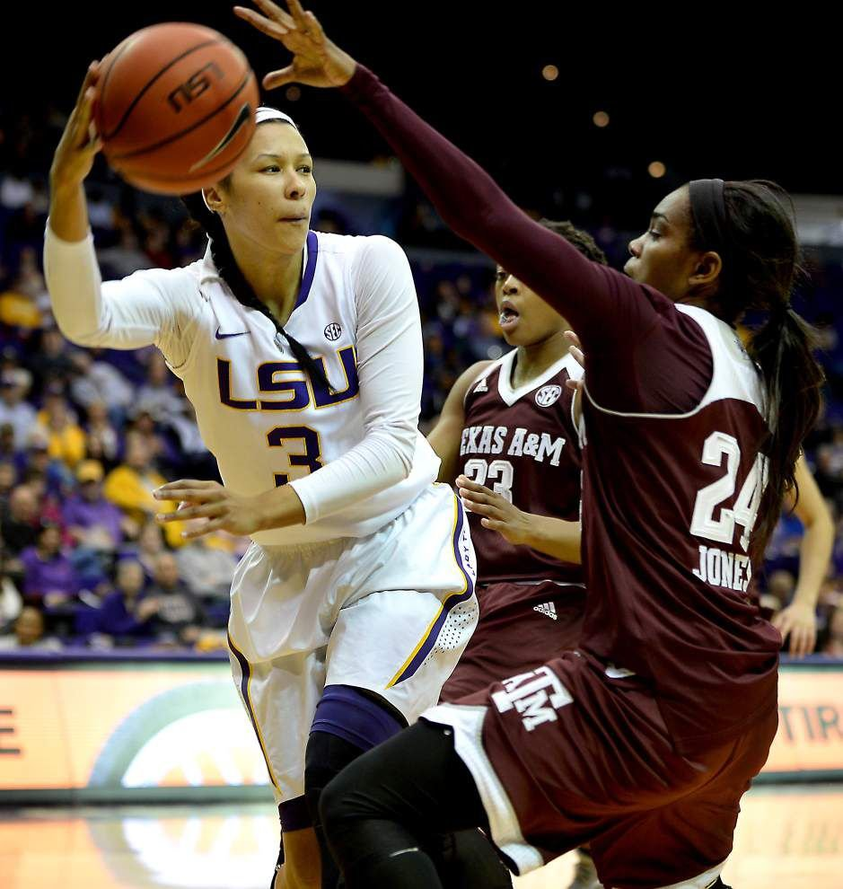 Aggies win mistake-filled game over LSU women _lowres