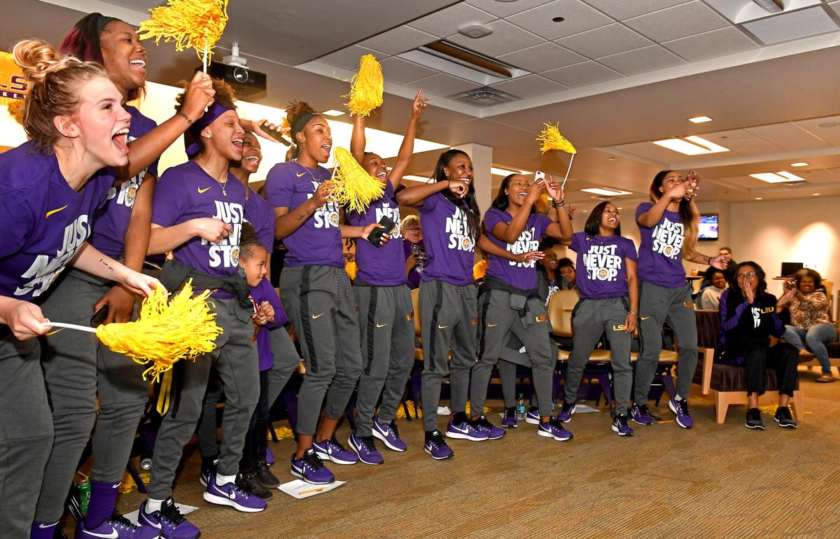lsuwbbwatchparty.031318___051