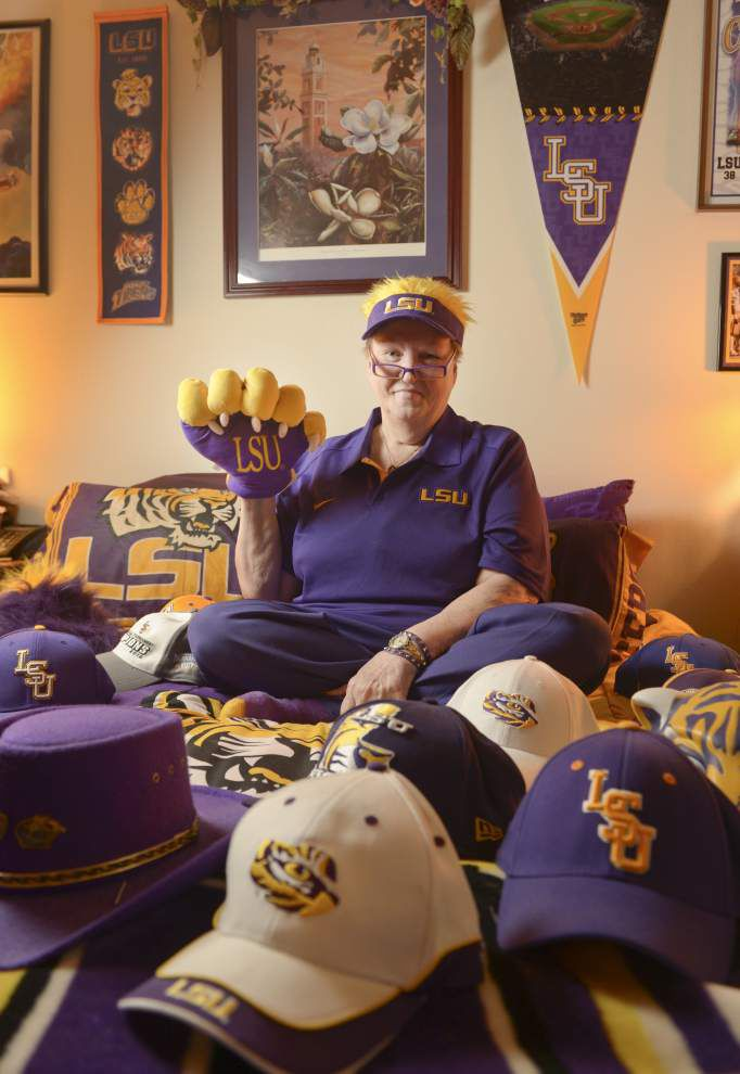 LSU superfan Sharon Leino's home wears what she wears: Purple and Gold _lowres