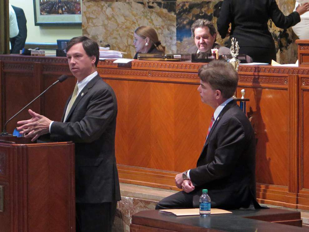 House OKs legacy lawsuit legislation _lowres