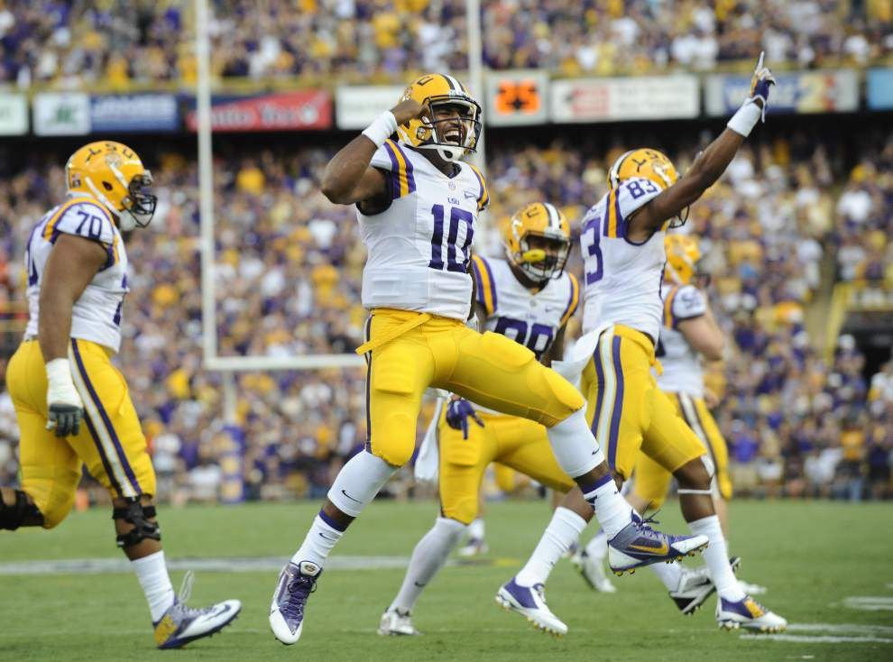 LSU 56, Sam Houston State 0 (3:19, 4th Q) _lowres
