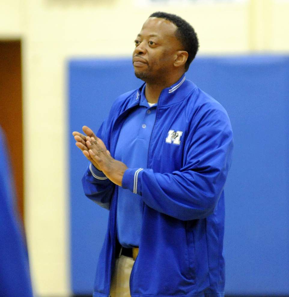 Focused McKinley topples East Ascension to stay unbeaten in district _lowres