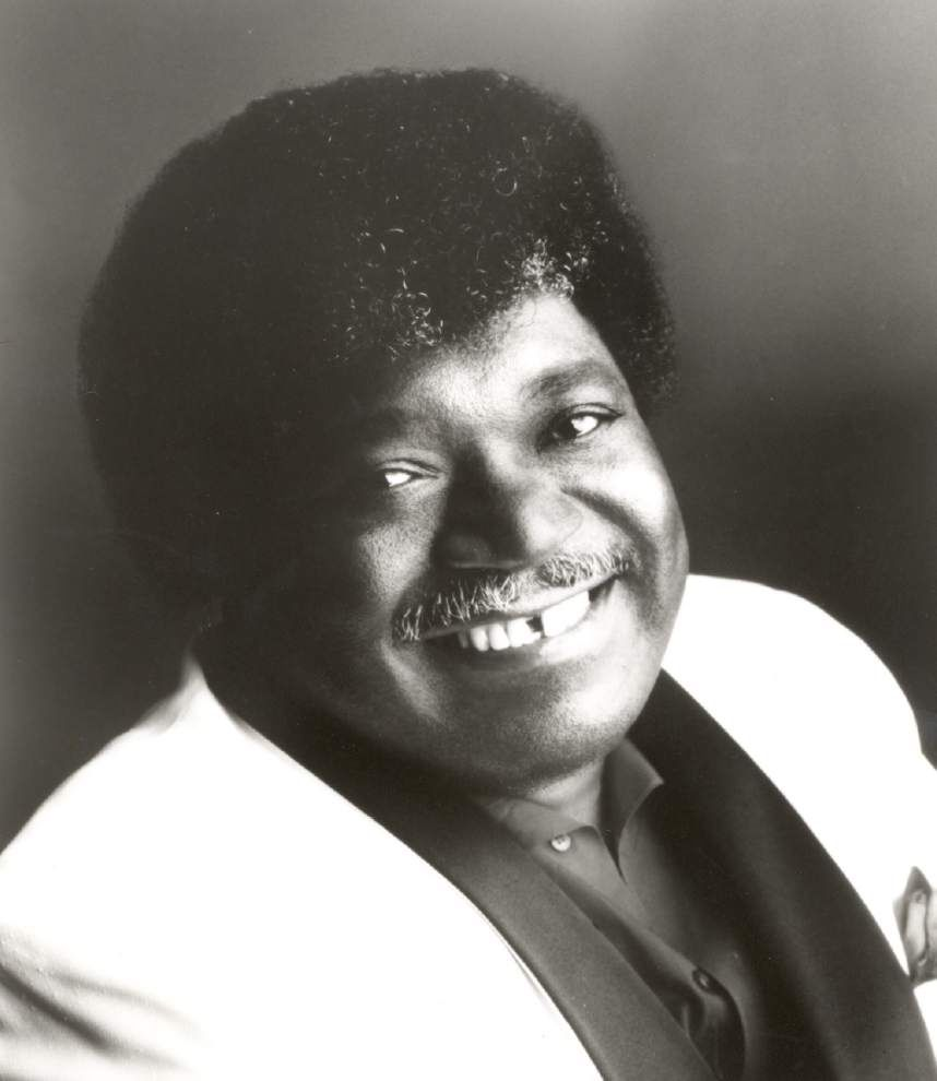 Baton Rouge residents sing 'When a Man Loves a Woman' in remembrance of 'kind-hearted' singer Percy Sledge _lowres