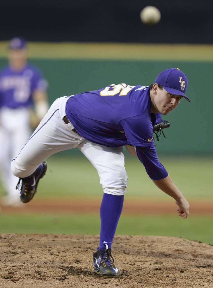 LSU baseball notes: Paul Mainieri explains the opening weekend rotation _lowres
